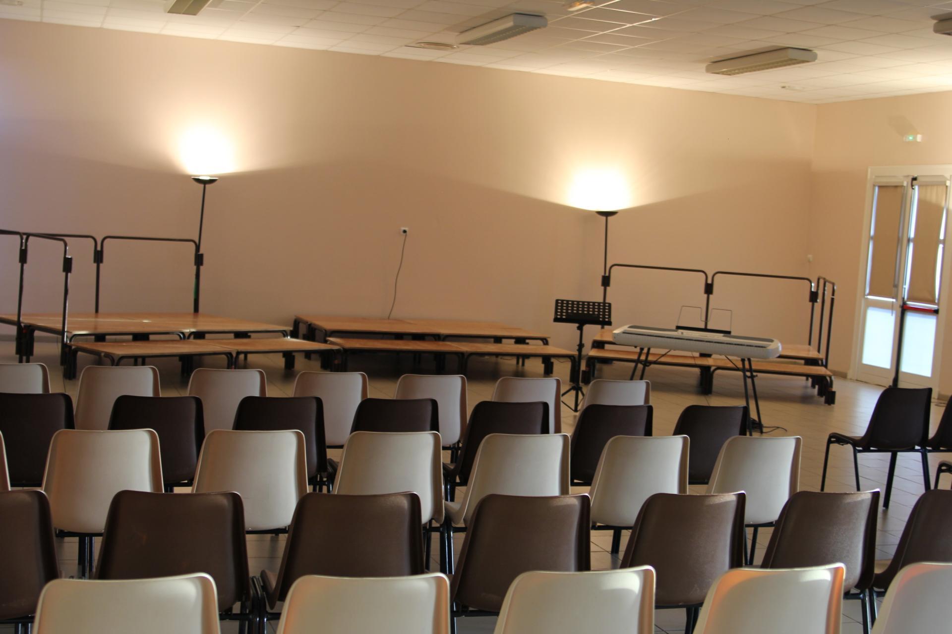 Salle prête pour le spectacle